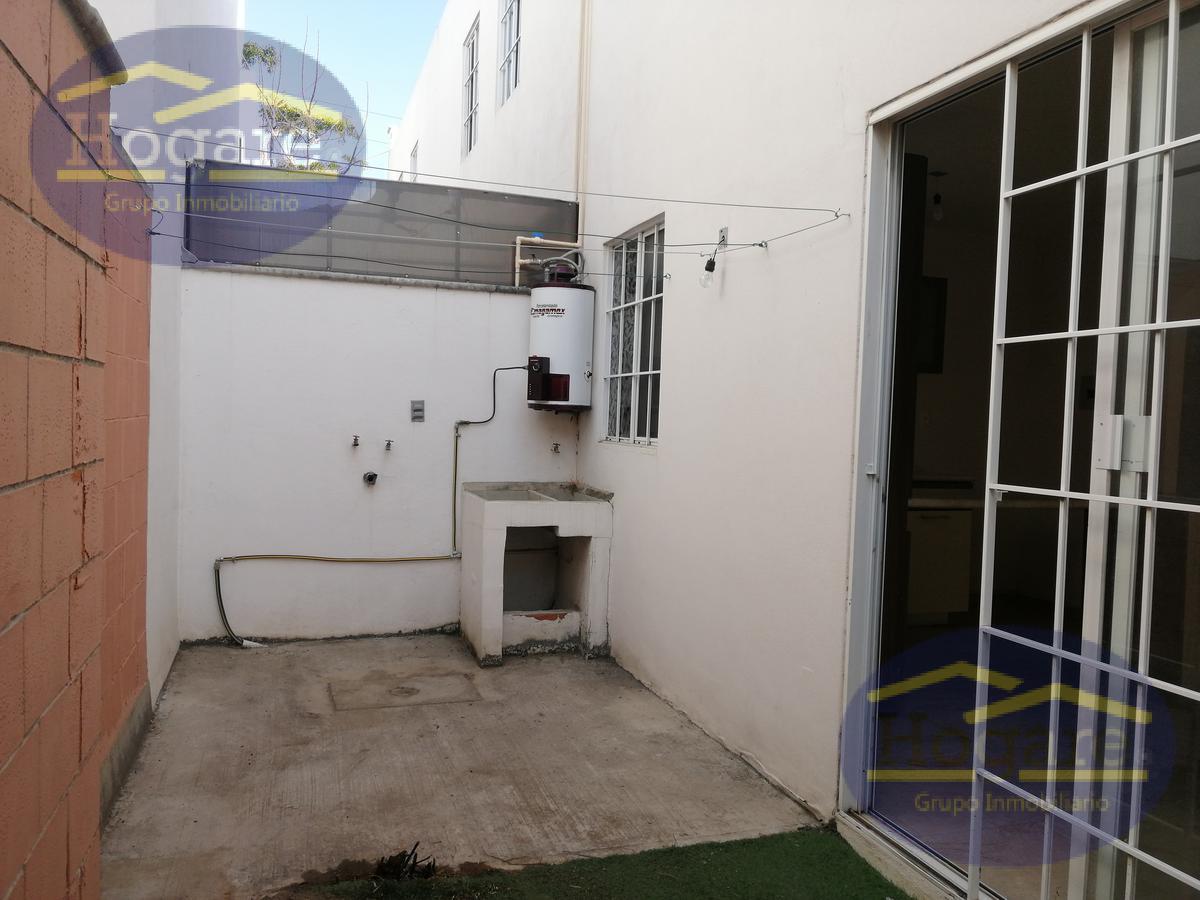 Casa en venta 3 recamarás y sala de TV Fraccionamiento el Dorado León Gto. Zona sur