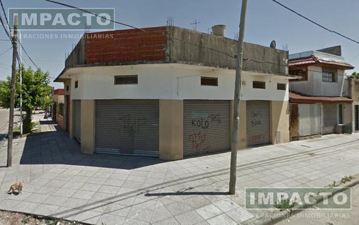 Foto Local en Venta en  Isidro Casanova,  La Matanza  Local y departamentos en Monte Edgmont al 200