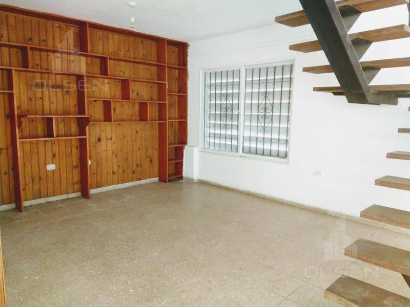 Foto Casa en Venta en  Alto Alberdi,  Cordoba  PASAJE BROWN al 300
