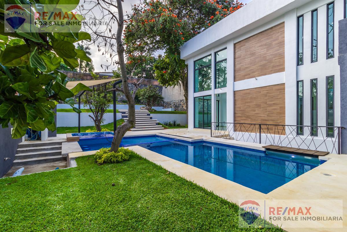 Foto Casa en Venta en  Manantiales,  Cuernavaca  Venta de casa en Fracc. Manantiales, Cuernavaca, Morelos…Clave 3277