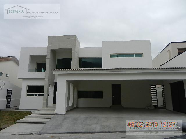 Foto Casa en Venta |  en  Sierra Alta 5 Sector,  Monterrey  gn-1884