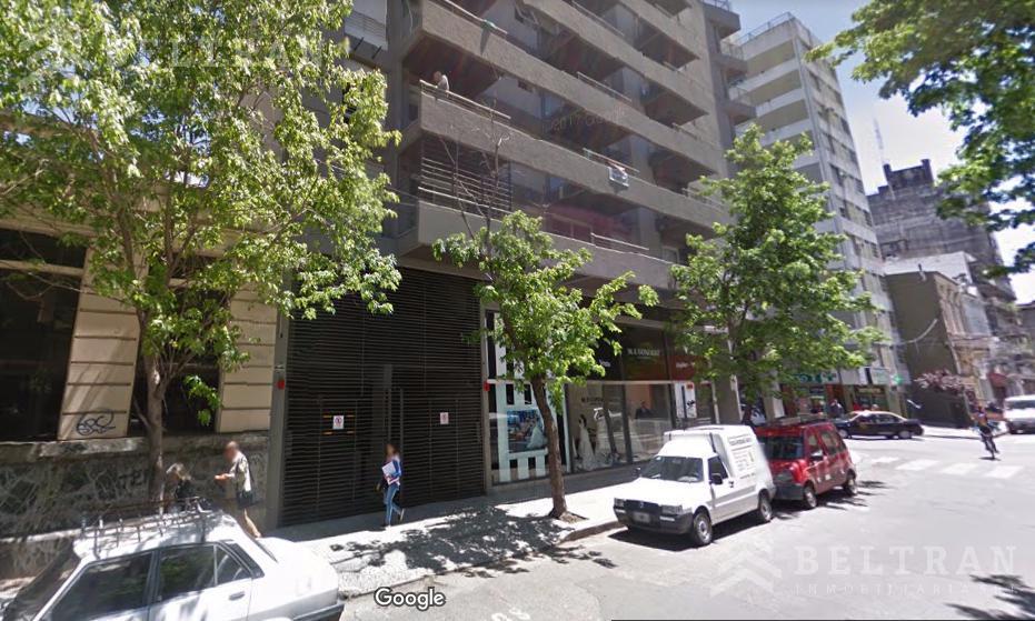Foto Cochera en Venta en  Centro,  Rosario  3 de febrero al 1100