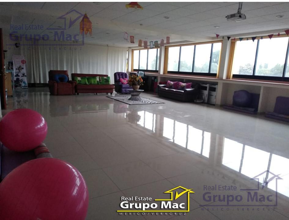 Foto Local en Renta en  Rincón Echegaray,  Naucalpan de Juárez  Salón de usos múltiples en Renta en Calz. San Agustín Rincón de Echegaray Naucalpan