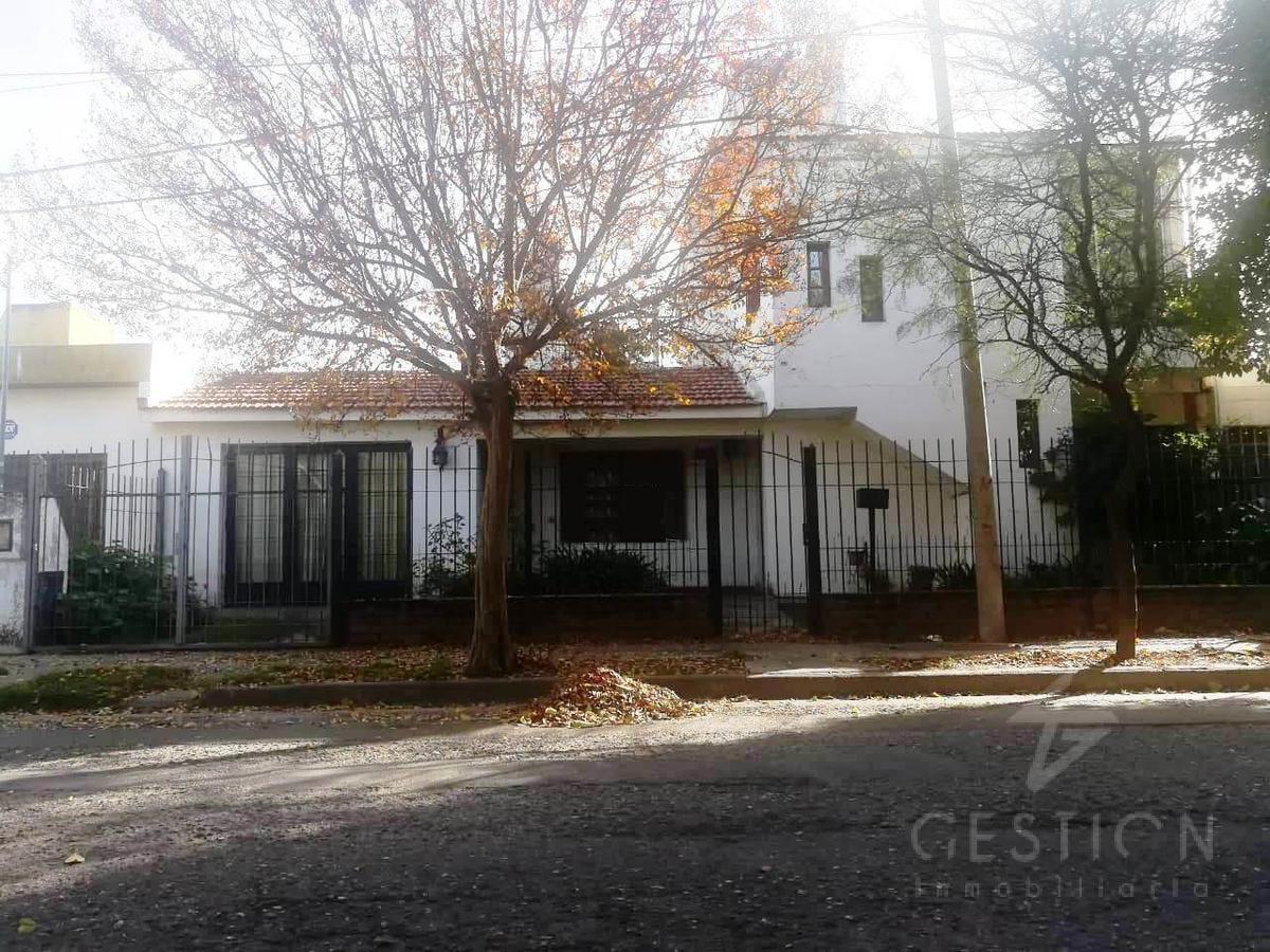 Foto Casa en Venta en  Poeta Lugones,  Cordoba  jose luis pagano al 4600