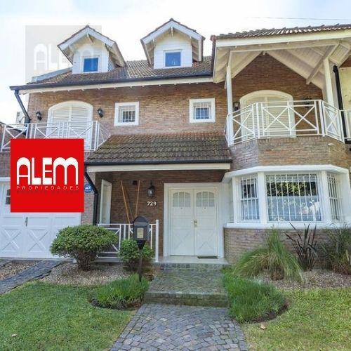 Foto Casa en Venta en  Banfield Oeste,  Banfield  Grigera 729