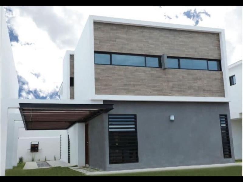 Foto Casa en Venta en  Cordilleras,  Chihuahua  CASA EN VENTA CON RECAMARA EN PLANTA   BAJA (SALAMANCA)