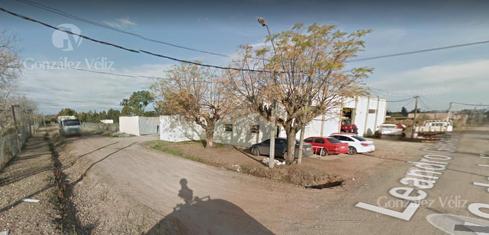 Foto Depósito en Venta en  Carmelo ,  Colonia  Buenos Aires y L.Gomez