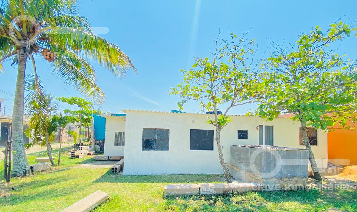 Foto Casa en Venta en  Tierra Nueva,  Coatzacoalcos  Casa  en Venta, Cedro, Col. Tierra Nueva