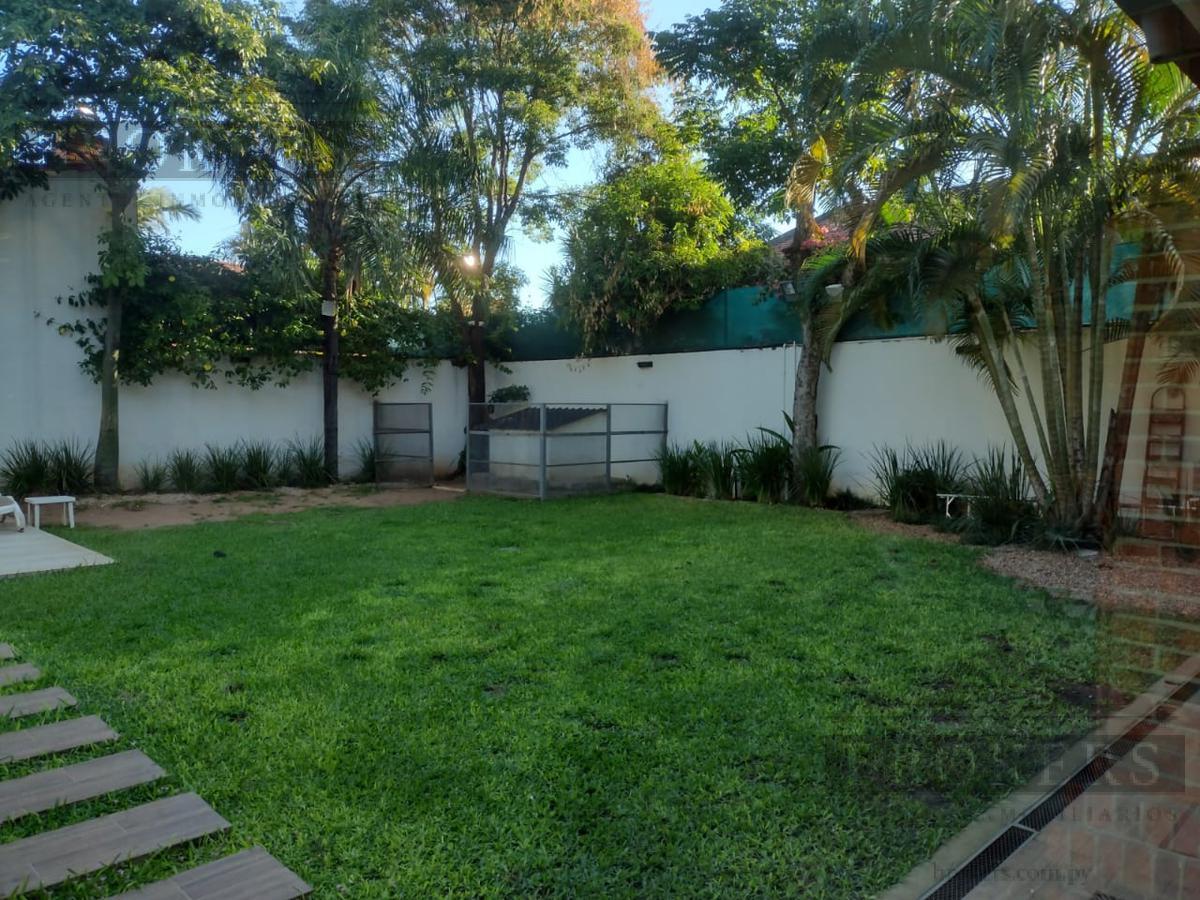 Foto Casa en Alquiler en  Manorá,  Santisima Trinidad  Alquilo Residencia De 5 Habitaciones En Barrio Manora