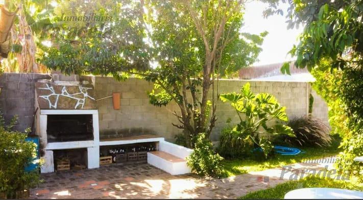 Foto Casa en Venta en  Castelar Sur,  Castelar  Santa Maria de Oro al 2000