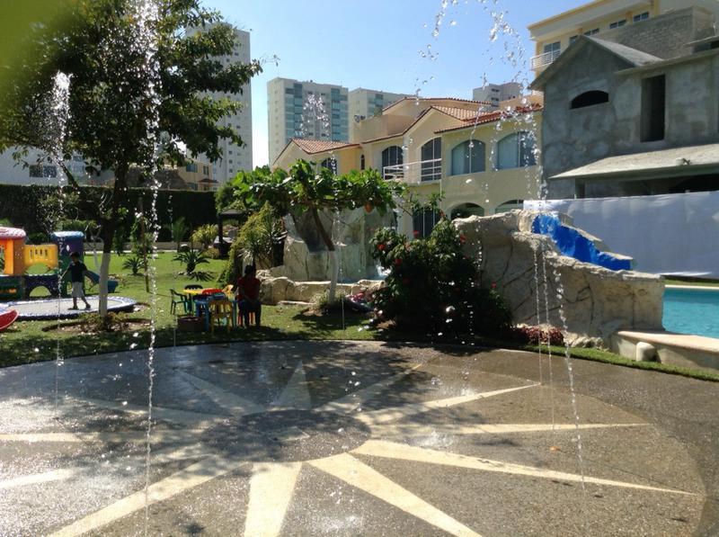 Foto Quinta en Renta temporal en  Acapulco de Juárez ,  Guerrero  Villa kc 2
