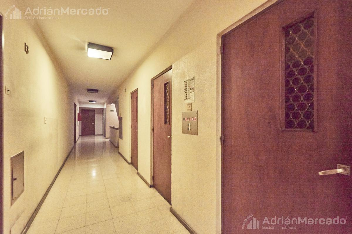 Foto Departamento en Alquiler en  Puerto Madero,  Centro (Capital Federal)  Venezuela al 100