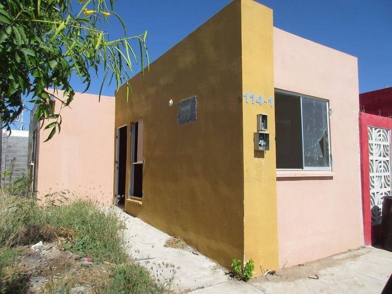 Foto Casa en Venta en  Fraccionamiento Campestre Bugambilias,  Reynosa  Viñedo la Redonda, Bugambilias