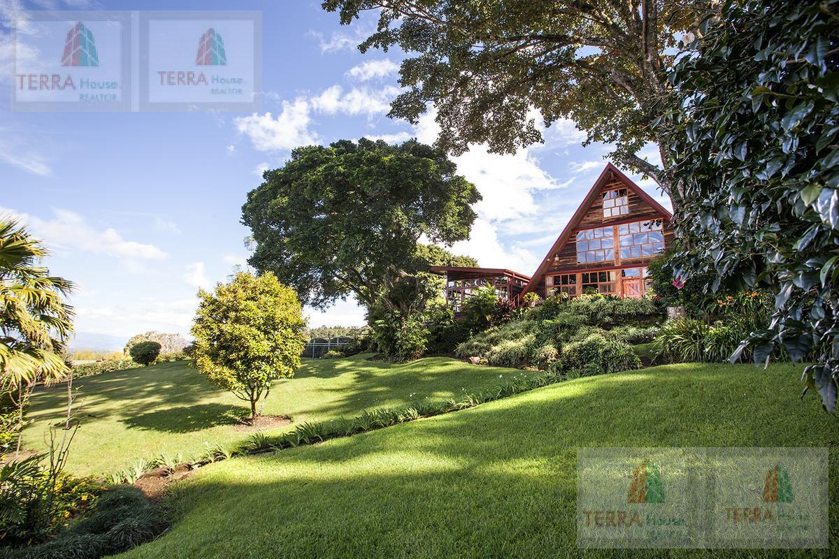 Foto Quinta en Venta    en  San Jose de la Montaña,  Barva  San José de la Montaña, Barva de Heredia