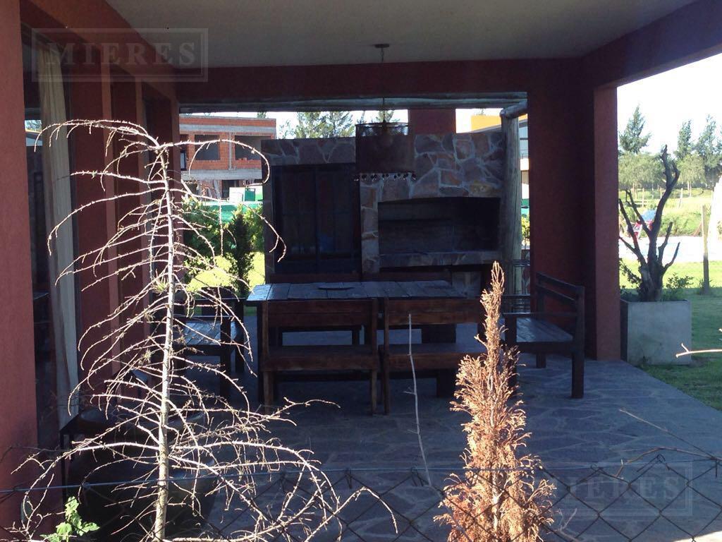 Casa en venta A LA LAGUNA en La Comarca CON RENTA