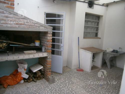 Foto Casa en Venta en  Carmelo ,  Colonia  Calle Treinta y Tres entre Mortalena y Sarandí