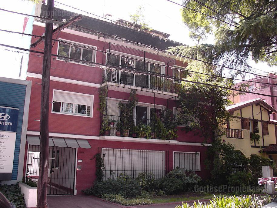 Foto Departamento en Venta en  Acassuso,  San Isidro  Departamento En Acasusso sobre Av Libertador 15500