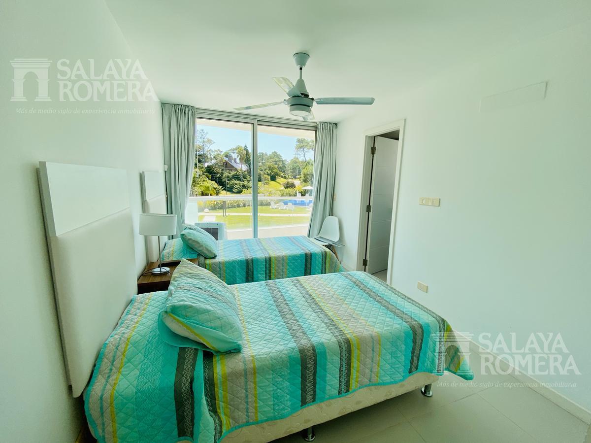 Foto Departamento en Venta | Alquiler | Alquiler temporario en  Playa Mansa,  Punta del Este  Edificio Lumiere