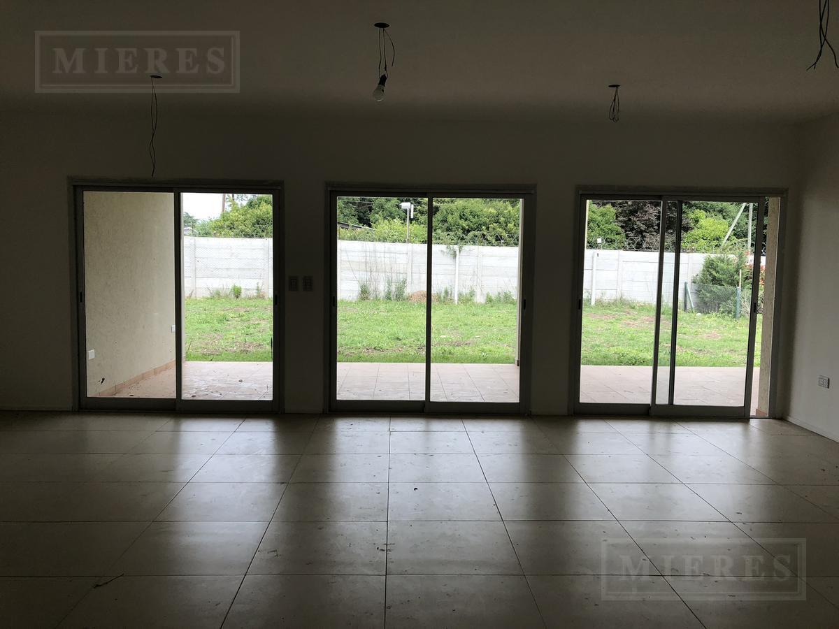 MIERES Propiedades- Casa de 178 mts en Pilar Del Este Los Jazmines