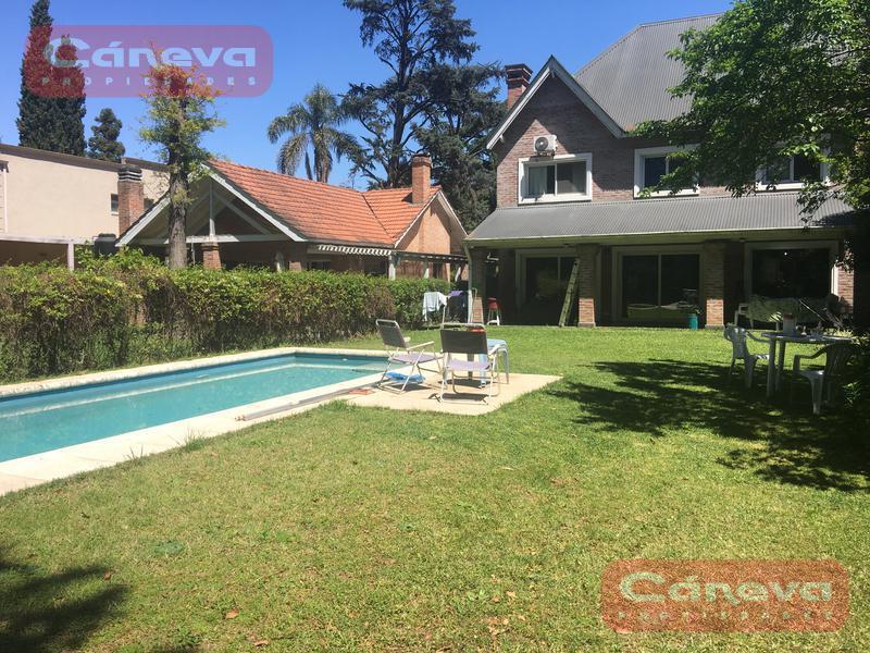 Foto Casa en Alquiler temporario en  Los Angeles Village,  Countries/B.Cerrado (Escobar)  Los Angeles Village