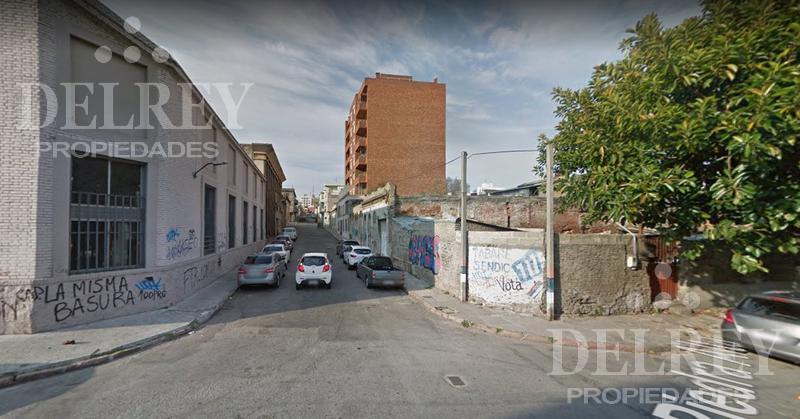 Foto Terreno en Venta en  Centro (Montevideo),  Montevideo  La Paz  y  Galicia