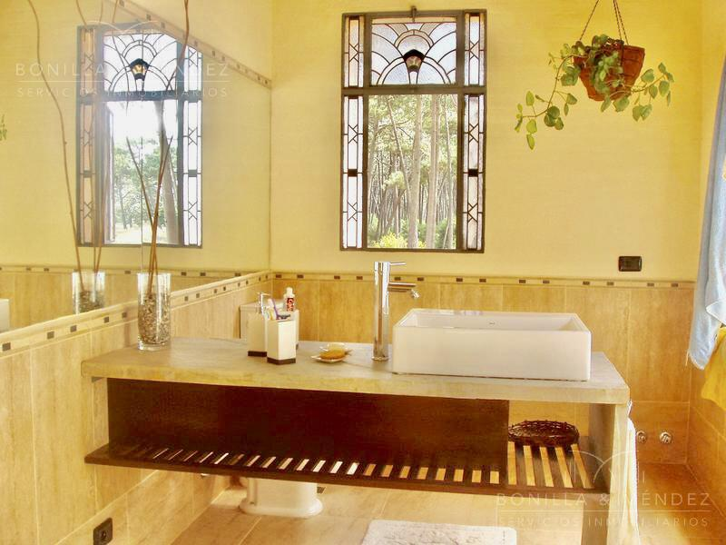 Foto Casa en Venta | Alquiler en  La Arbolada,  Jardines de Cordoba  Avenida del Mar y Paso de la Cadena