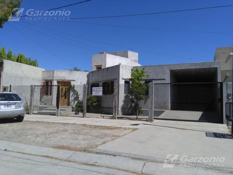 Foto Casa en Alquiler en  Trelew ,  Chubut  B° San Benito