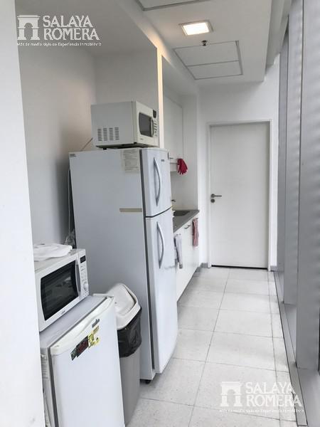 Foto Oficina en Venta en  Olivos,  Vicente López  Alberdi 431 piso 4°