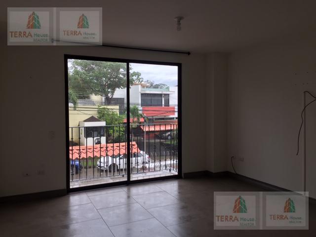 Foto Departamento en Venta en  Pavas,  San José  ROHRMOSER de casa de Oscar Arias al 200