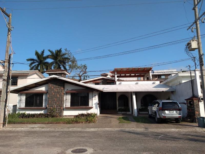 Foto Casa en Renta en  Country Club,  Tampico  CR-271 CASA EN RENTA COL. CONTRY CLUB TAMPICO TAM.