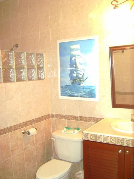 Solidaridad House for Sale scene image 7