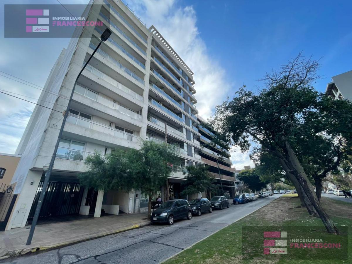 Foto Departamento en Venta en  La Plata,  La Plata  38 5 y 6