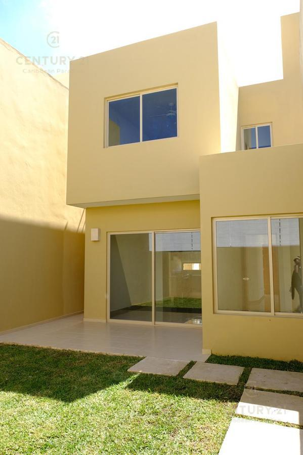 Foto Casa en Renta en  Playa del Carmen,  Solidaridad  Se renta CASA DE 3 REC. EN ALLEGRANZA PLAYA DEL CARMEN P3300