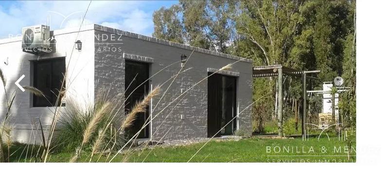 Foto Casa en Venta en  Bella Vista ,  Maldonado  puede comprar las 2 o una en  Calle 24 Entre 18 Y Los Teros al 8100