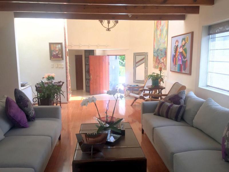 Foto Casa en condominio en Venta en  Lomas de Tecamachalco,  Huixquilucan  Casa en Venta en Lomas de Tecamachalco en calle cerrada y condominio, Lomas de Tecamachalco, Huixquilucan