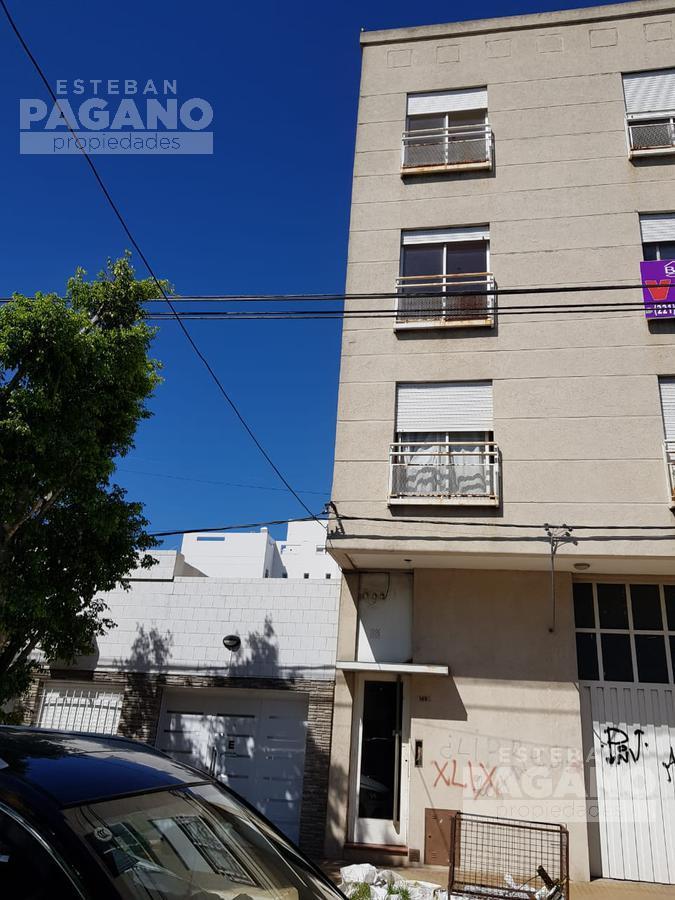 Foto PH en Venta en  La Plata,  La Plata  24 e 62 y 63 n° 1485 1°A
