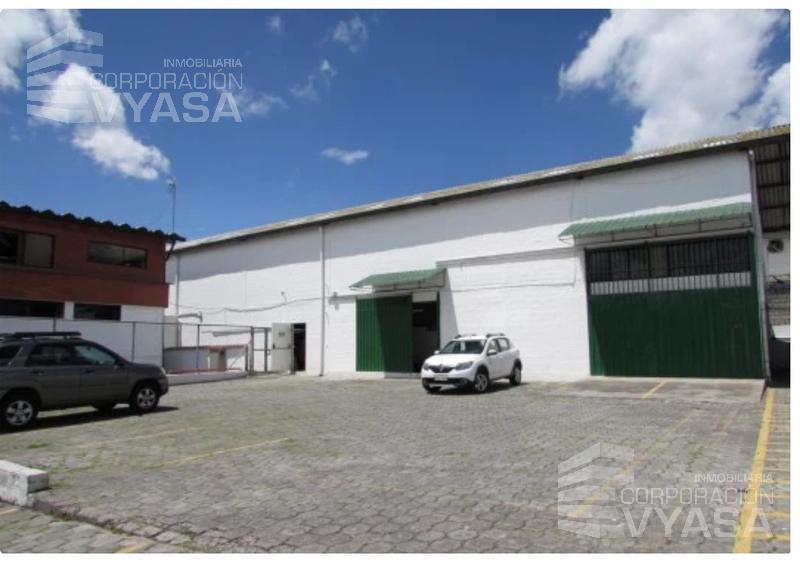 Foto Edificio Comercial en Venta en  Carcelén,  Quito  CARCELÉN -  ZONA INDUSTRIAL, EDIFICIO DE OFICINAS DE VENTA  DE 1.000 M2