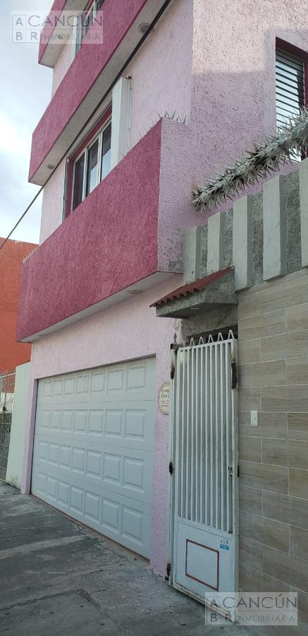Foto Edificio Comercial en Venta en  Cancún,  Benito Juárez  CENTRO