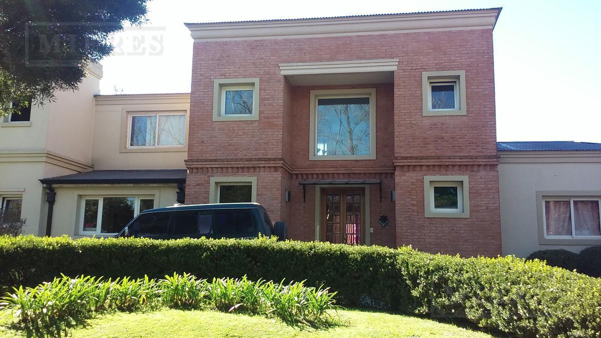 Casa en venta en   Barrio Septiembre