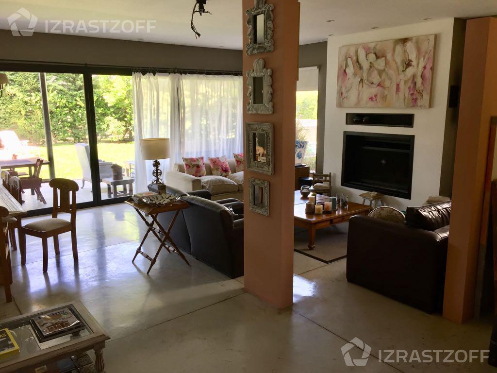 Casa--La Damasia-La Damasia