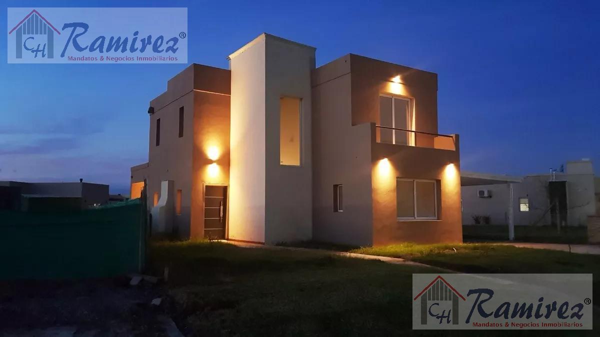 Foto Casa en Venta en  Countries/B.Cerrado (Pilar),  Pilar  Panamericana km 56