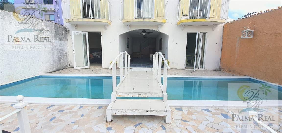 Foto Local en Venta en  SM 21,  Cancún  HOTEL EN EL CENTRO DE LA CIUDAD (5 MIN DEL MAR)