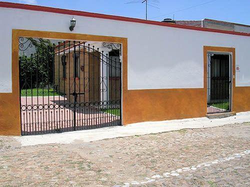 Foto Casa en Renta en  Fraccionamiento Vergel del Acueducto,  Tequisquiapan  Casa en renta, 1 planta, amplio jardín