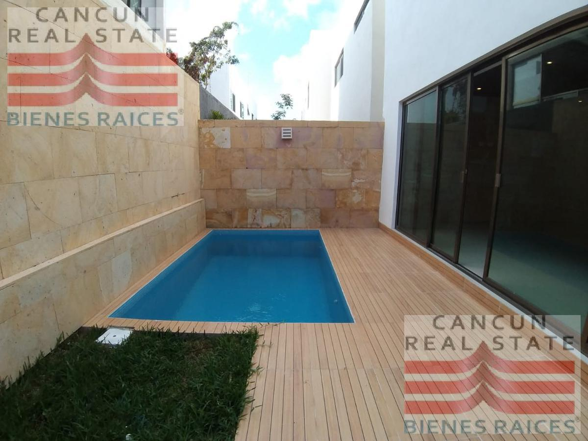 Foto Casa en Venta en  Aqua,  Cancún     Casa Cancun