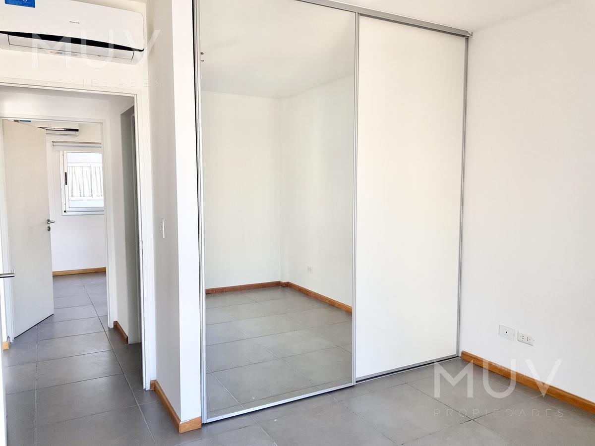 Foto Departamento en Venta en  Almagro ,  Capital Federal  Palestina al 800