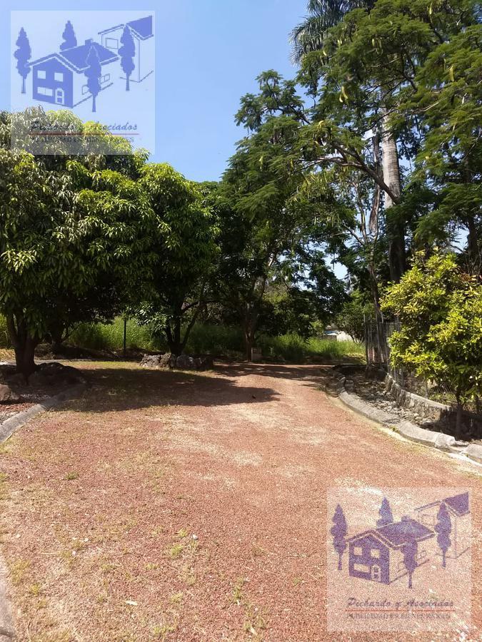 Foto Terreno en Venta en  Lomas de Jiutepec,  Jiutepec  Jiutepec