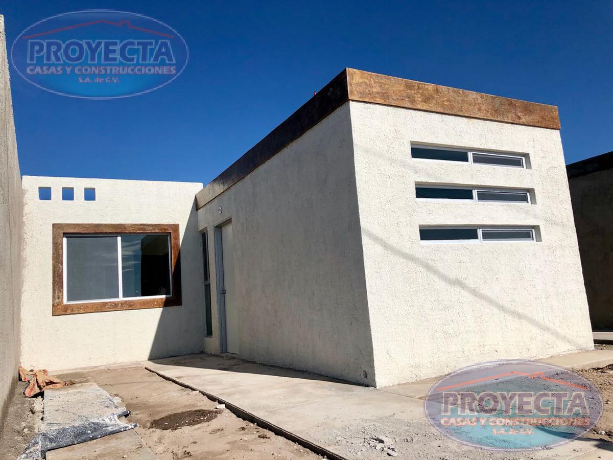 Foto Casa en Venta en  Colibrí,  Durango  CASAS CON CIMIENTOS CERCA CIRCUITO INTERIOR, FRAC. COLIBRI