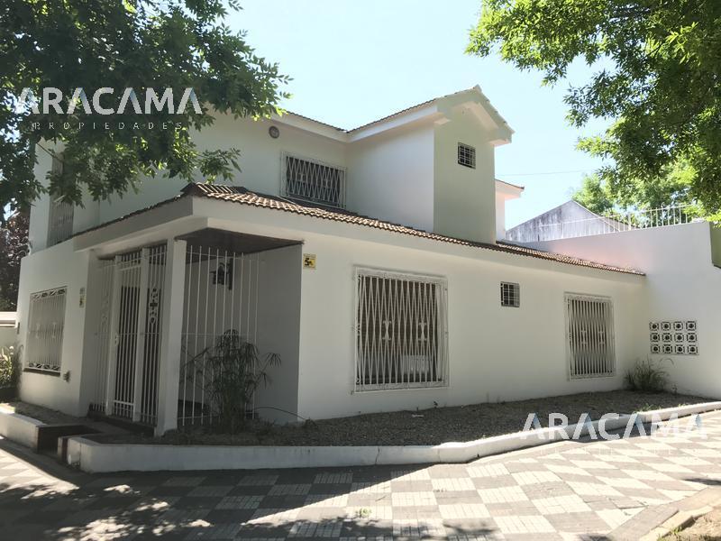 Foto Casa en Alquiler en  Monte Grande,  Esteban Echeverria  Belgrano al 400