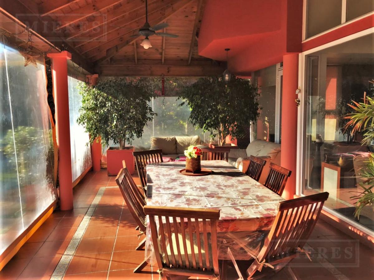 Casa de 255 mts en El Mirasol