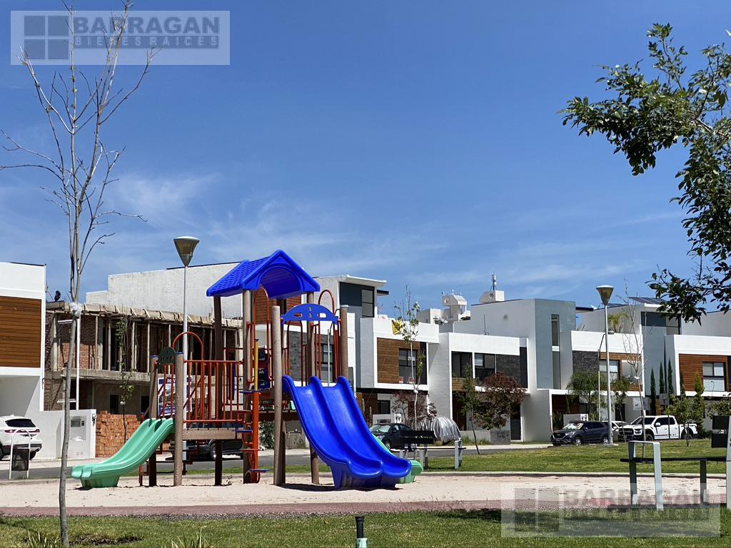 Foto Casa en Venta en  Juriquilla,  Querétaro  Casa en Venta La Condesa Juriquilla, Querétaro